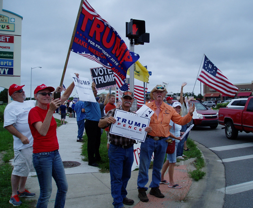 Flash Mob for Trump